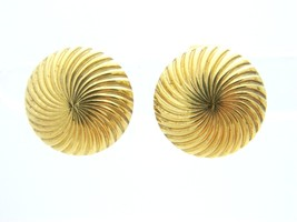 CROWN TRIFARI Gold Tone Swirl Round Clip Earrings Vintage - $19.80