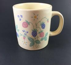 Auntie Em Collection Berries Coffee Cup Vintage 1986 Hallmark - $12.00