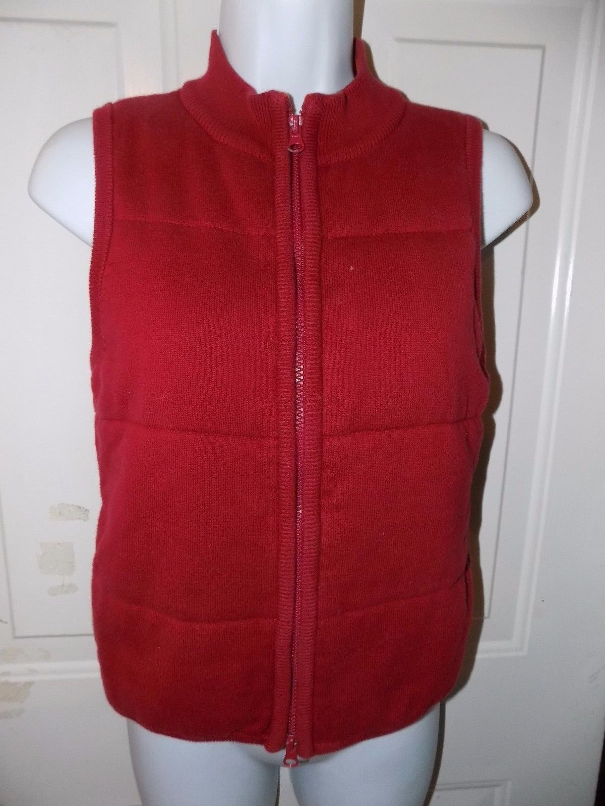 Primary image for AMERICAN EAGLE OUTFITTERS RED ZIP UP VEST SIZE S EUC