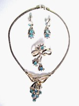 Vintage Gold Tone Jewelry Set Necklace Brooch Earrings Aqua & Clear Stones - $19.75