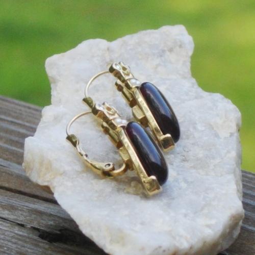 Rare Vintage Trifari TM Red Cabochon Heart w Rhinestone Crown Dangle Earrings