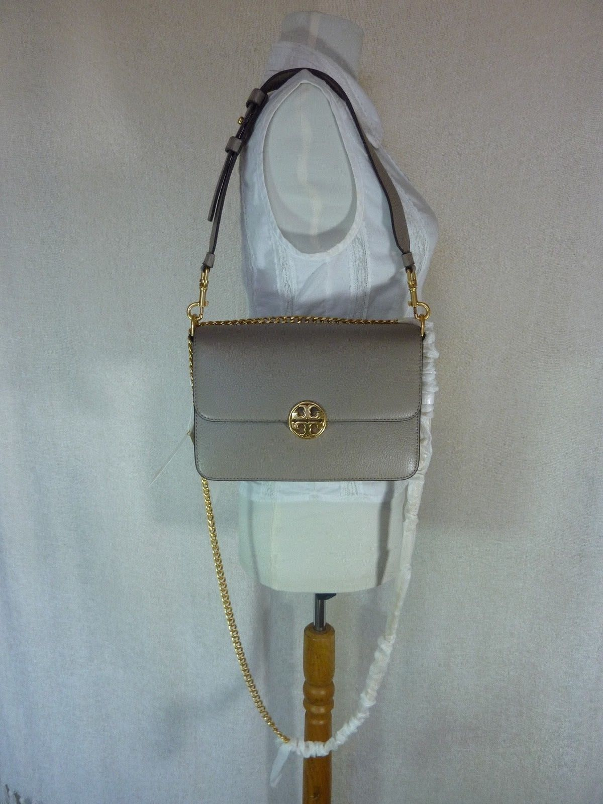Primary image for NWT Tory Burch Gray Heron Chelsea Convertible Shoulder Bag