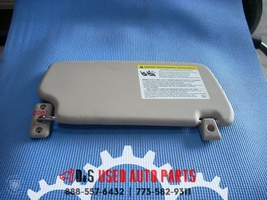 2014 FORD FIESTA LEFT GRAY DRIVER SUN VISOR WITH MIRROR image 2