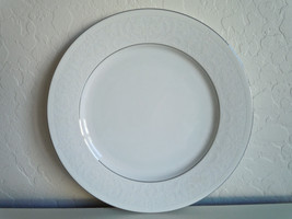 Nikko White Lace Platinum Dinner Plate - $22.15