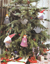 """Gayle Bickwell """"Stitch A Country Christmas"""" Casebook of Ornaments Vtg 1980 - $1.97"""