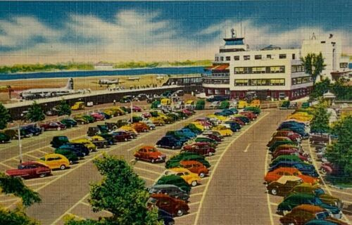 Primary image for VTG Old Linen Era Postcard La Guardia Field at New York Municipal Airport, NY