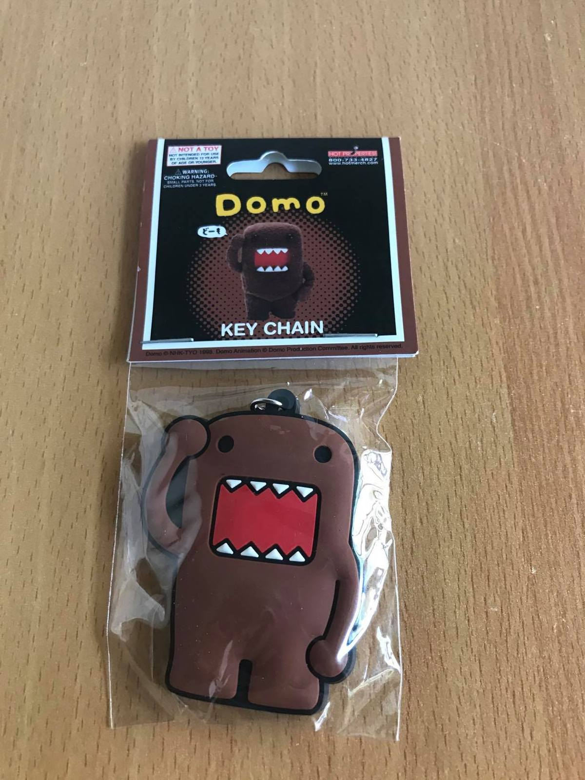 Domo-Kun: Domo Salute Key chain Brand NEW! - $9.99