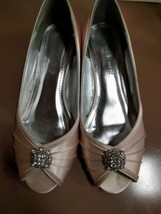"Wedding-Special Occasion Dyeable Heels, Size 7M ""Kelsey"", Davids Bridal - $34.64"