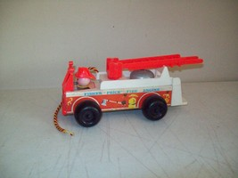 Fisher Price Fire Engine pull toy American made 1968 no. 720 nice Toy - $9.90