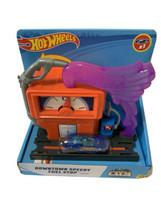 Hot Wheels City Downtown Speedy Fuel Stop Play Set Mattel New - $10.50