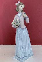 Lladro #7644 Innocence In Bloom 1996 Collector's Society Flower Girl Mint In Box - $178.19