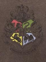 HARRY POTTER HOGWARTS CREST BROWN T-SHIRT SIZE Medium The Cursed Child W... - $7.69