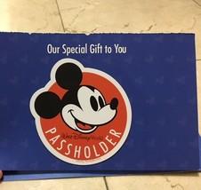 Walt Disney World Passholder Magnet Mickey Mouse Pass Holder New - $9.89