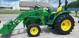 2015 JOHN DEERE 4052R For Sale In Pembina, North Dakota 58271 image 2