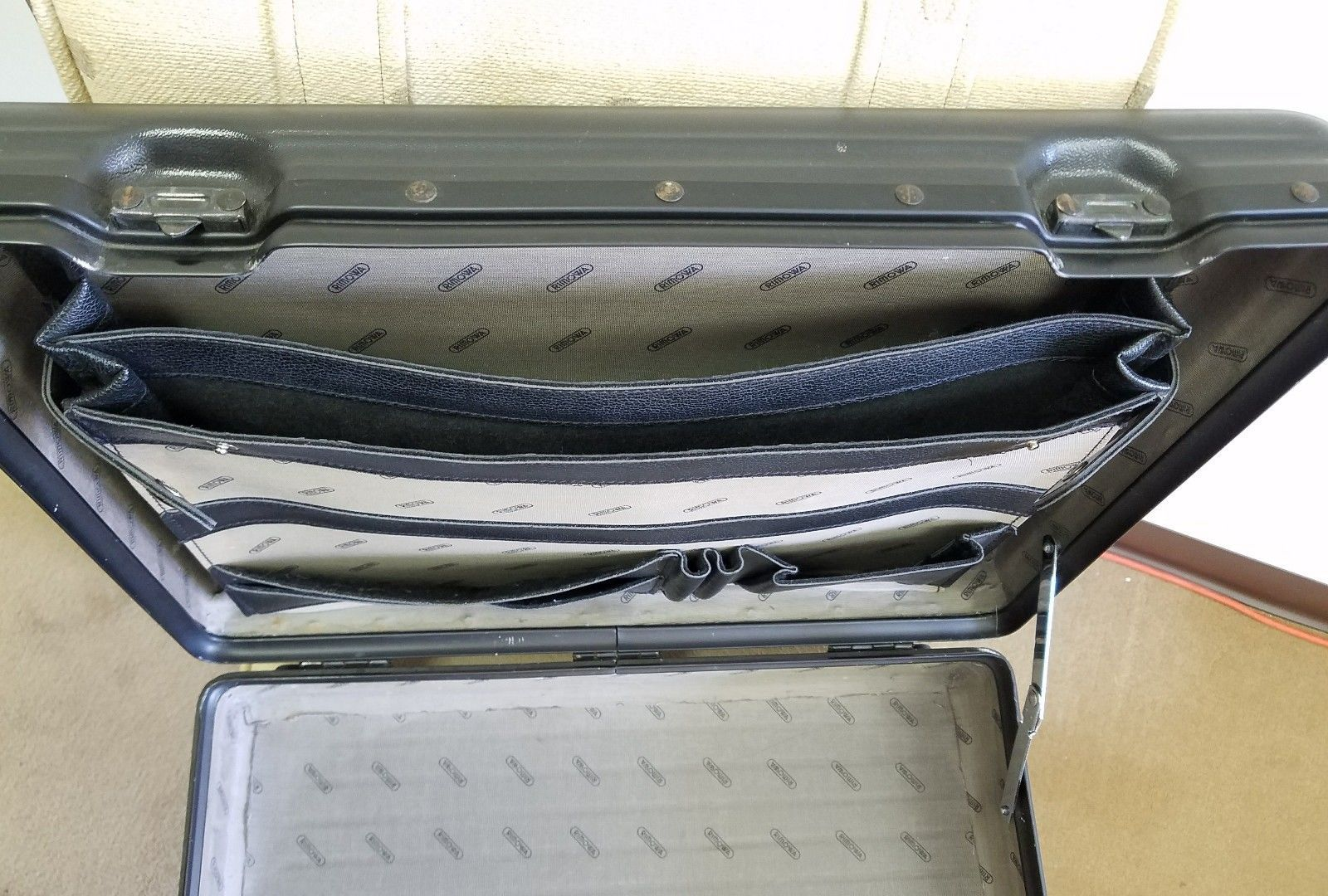 Rimowa Attaché Briefcase Black W/ BONUS - GROOMING KIT