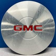 ONE 1999-2005 GMC Yukon / Sierra / Safari # 5077 Wheel Center Cap 15040220 USED - $45.00