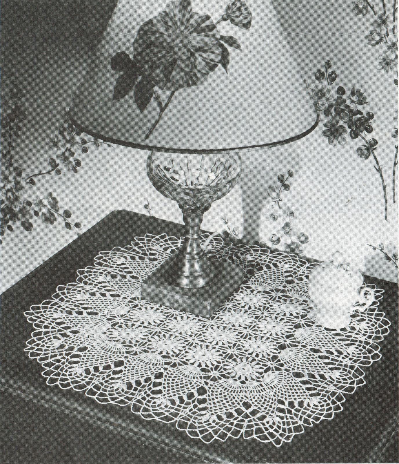 Pineapple Doilies Tablecloth Runner Luncheon Buffet Armchair Crochet Patterns  image 8