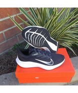 Womans nike zoom winflo 7 running shoes size 10 US  - $108.85