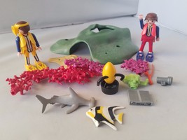 Playmobil 4488 Under Sea Divers Tropical Reef Play Set SCUBA Diving Plan... - $13.80