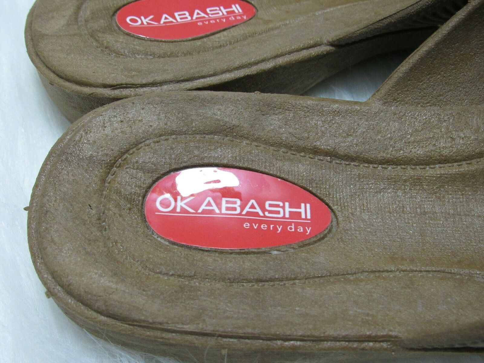 Okabashi Every Day Flip Flops Cross Strap Toffee Womens M L 8 9 Comfort Sandals