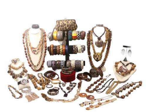 Large Safari Jungle Inspired Jewelry 10lb Lot Necklace Bracelet Earrings Clutch