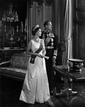 1966 Queen Elizabeth & Prince Philip Black & White 8 X 10 Photo Free Shi... - $8.99