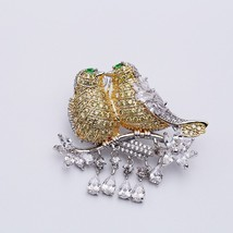 Cute Unique AAA Cubic Zircon Micro Paved Lovebirds Bird Brooches Pin Wom... - $26.45