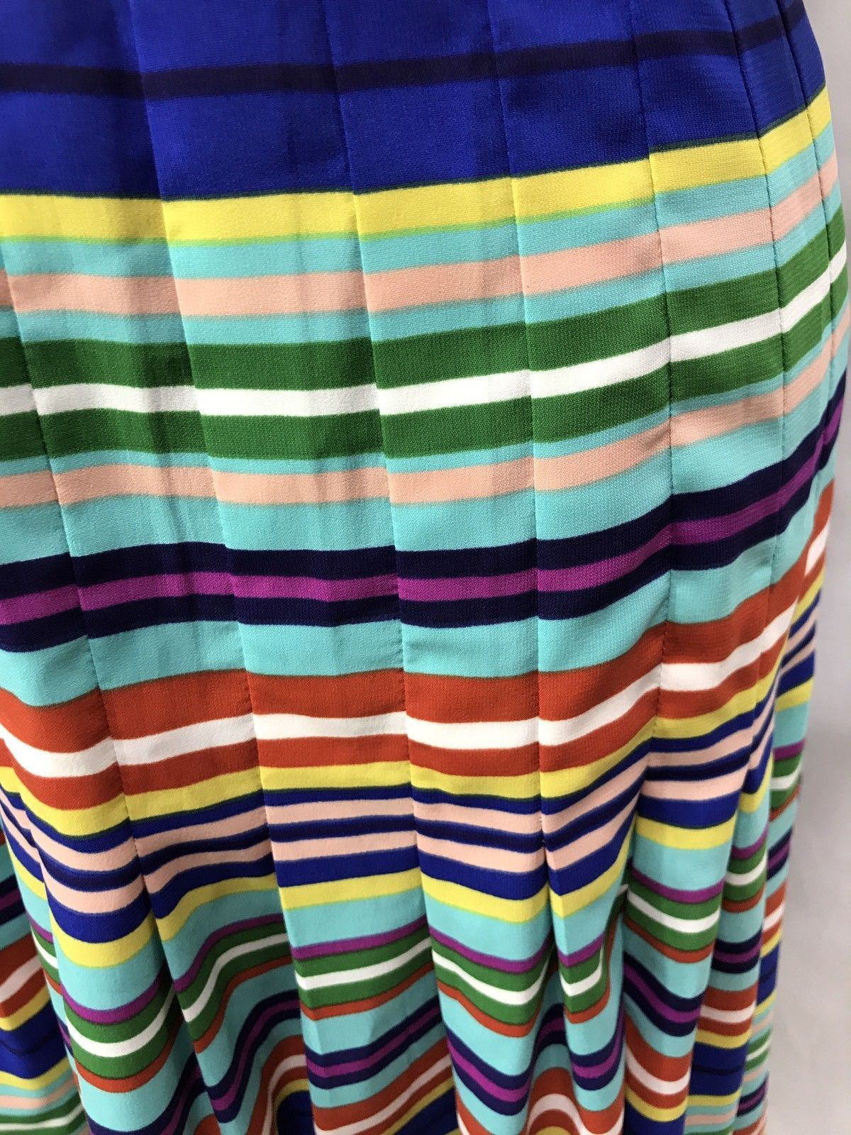 Ellen Tracy Knee Length Striped Multicolored Sleeveless Pleated Summer Dress Sz4