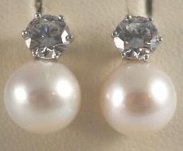 Pendientes de Oro Blanco 750 18K con Perlas Blancas Y Zirconia, Largo 1.3 CM image 2