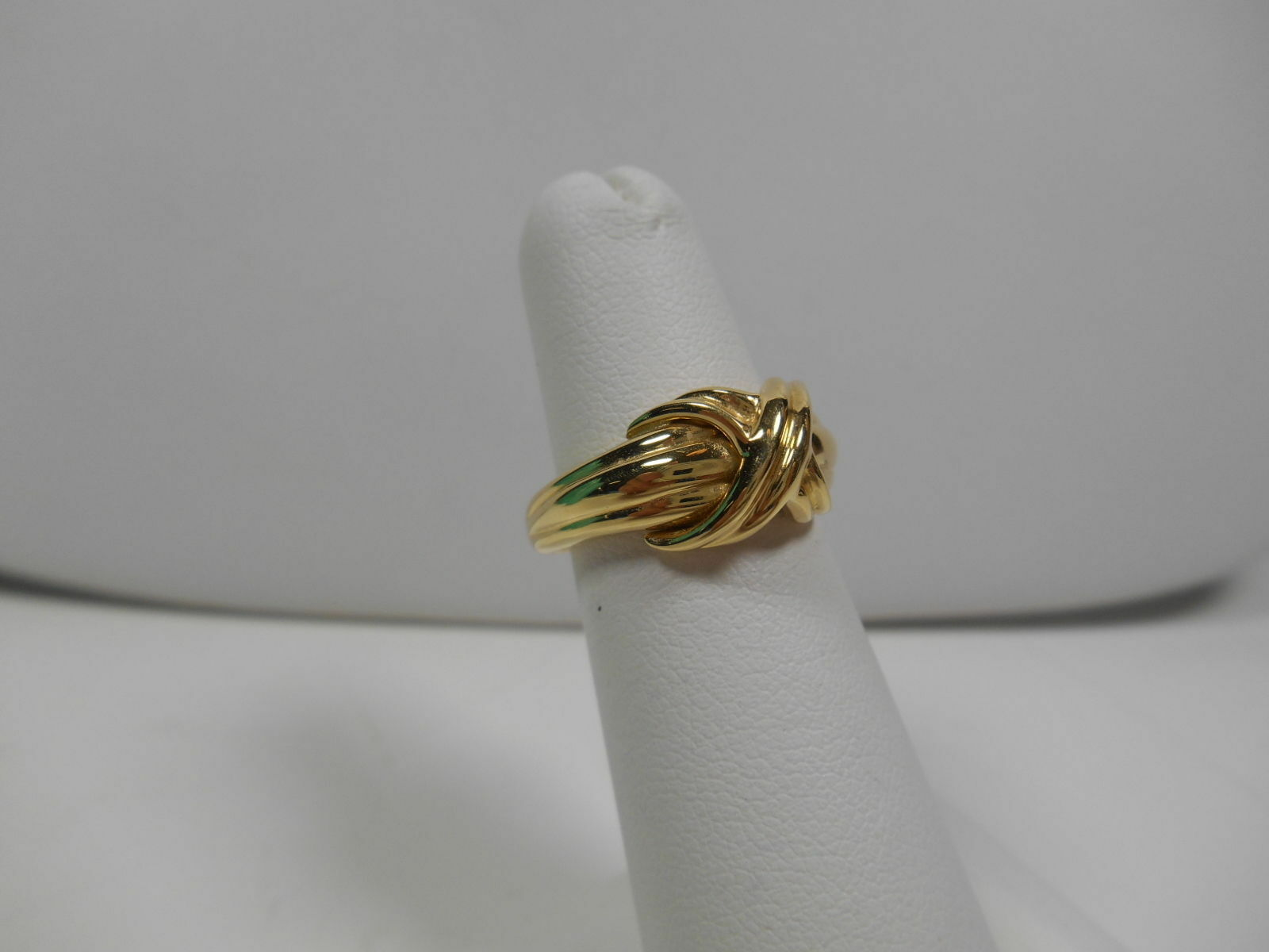 Tiffany & Co 18K Gold Signature X Kiss Cross Rare Wide Band Ring Sz 6 Exc Cond.