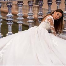New Elegant Appliques Court Train Princess Bridal Gown Scoop Neck Full Sleeve Tu image 3