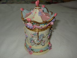"Dreamsicles Carousel Hinged Trinket Box 11730 5"" T Preowned No Box - $15.99"