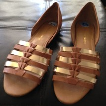 Franco Sarto Woman's Shoes Size 7.5 beautiful condition - $24.99