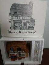 Dept 56 Shops of Dickens Village Green Grocer House Lighted 1984 Christmas - $39.55