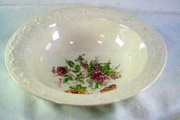 "Homer Laughlin Floral TH6 J47N5 Rimmed Round 9"" Covered Serving Bowl"