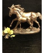 Beatiful Mare W/Foal Golden Resin Stauette - $39.59