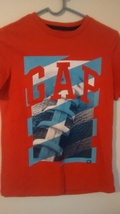 Nwot boys Gap T-shirt size Medium - $12.99