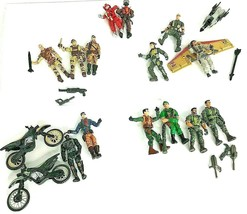 Lanard Action Figures Vehicles Motorcycles Lot 14 Soldiers PLUS Props  - $28.49