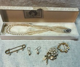 1950s LOTUS LADY VINTAGE PEARL NECKLACE, EARRINGS, SILVER BROOCH & WREATH - $25.30