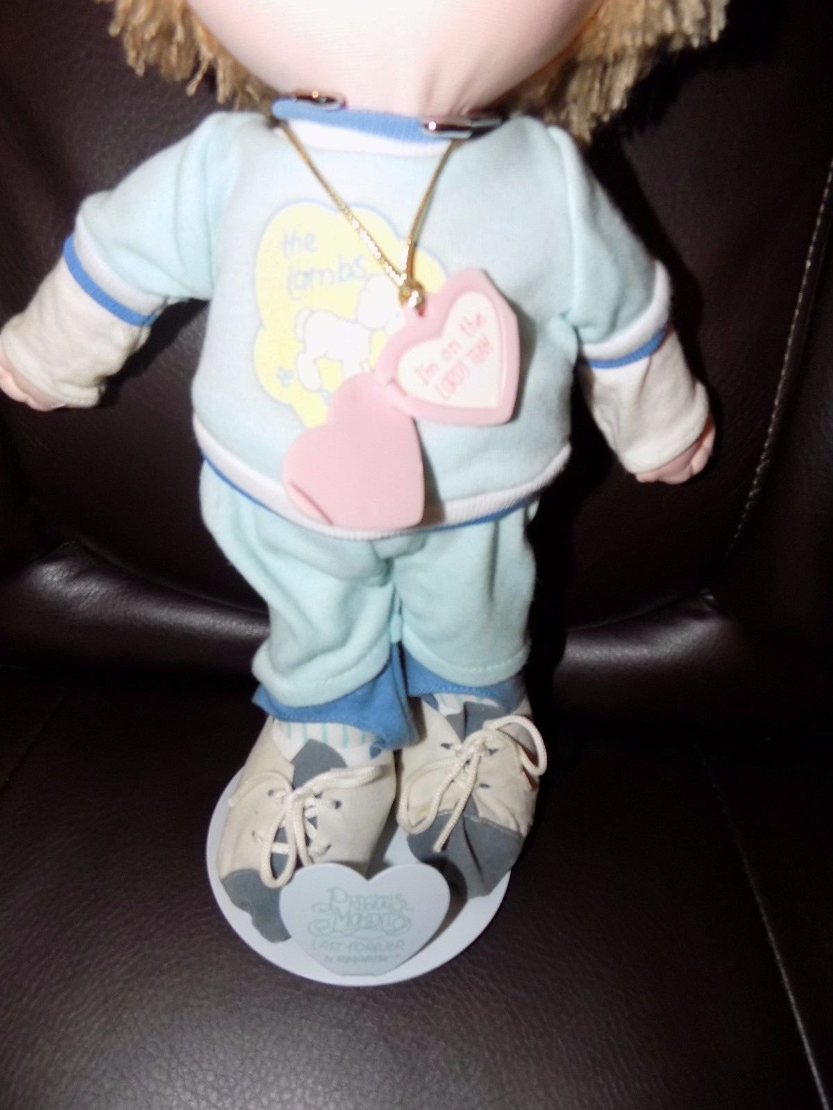 """BOBBY""  ""1985""  PRECIOUS MOMENTS DOLL #4585 NEW W/STAND"
