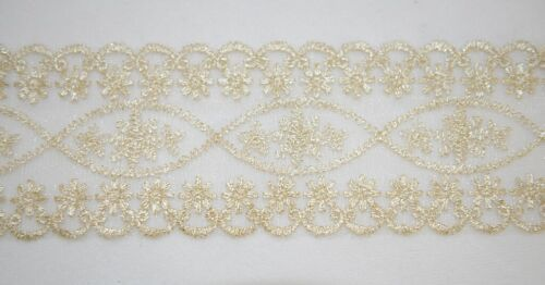 Simplicity 176030007107 Lace Trim Off White With Gold Accent 14 Yards