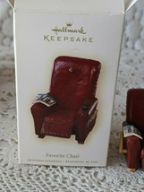 Hallmark Keepsake Favorite Chair Ornament 2007 - $12.60