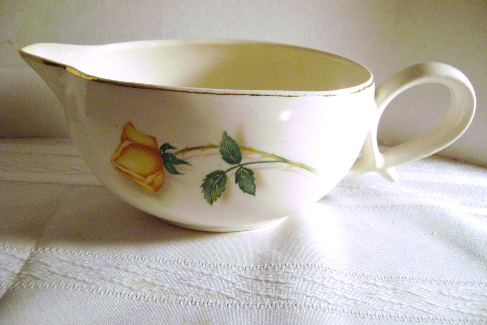 Vintage Skyline Canonsbury Potteries yellow Rose Gravy Boat