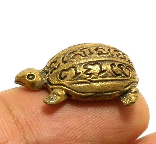 TINY TURTLE THAI MINI BRASS AMULET BLESS MAGIC YANT RICH LUCKY WEALTH CHARM GIFT