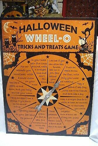 Bethany Lowe Halloween Tin Wheel Trick O' Treat  Game
