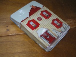 Hallmark 1992 Night Before Christmas Metal House Tin with 4 Miniature Christmas  - $10.39