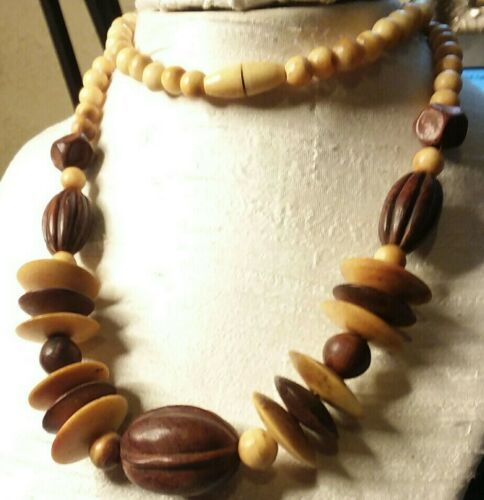 "Primary image for Vintage Jewelry: 27"" Wooden Bead Necklace 2016111611"