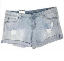 Vanilla Star Juniors Ripped Empire Sun Wash Empire Sun Shorts. Size 15 N... - $19.80
