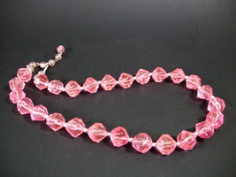 PINK Lucite Faceted Beads Necklace Vintage Single Strand Lightweight Estate - $14.84