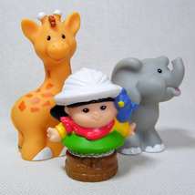 Fisher Price Little People SONYA LEE from Musical Zoo Train w Giraffe & Elephant - $7.00